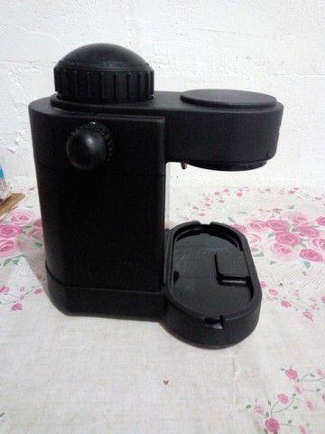 Máquina de café expresso em grãos - Foto 2