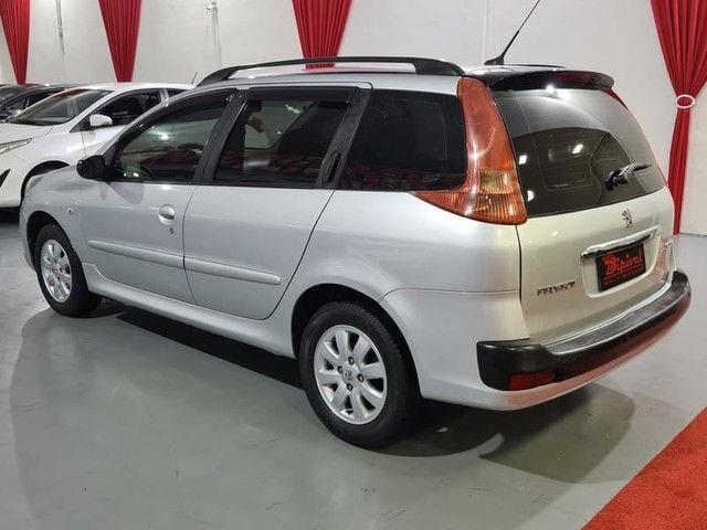 """Peugeot 207 SW XR Sport 1.4 8V FLEX 4P 2010 """"Periciado"""" - Foto 4"""