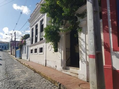 LM vende Suntuosa Casa na Rua do Bonfim em Olinda