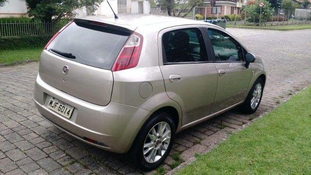 Fiat Punto Attractive 1.4 2012 - Foto 10
