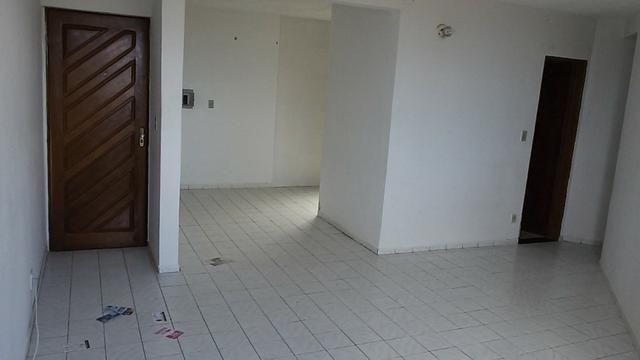 Apartamento 2/4 em Jacarecica com vista mar