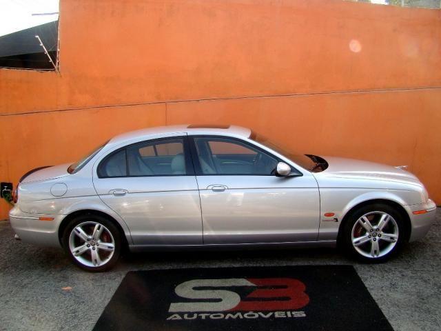 JAGUAR S TYPE 2005/2005 4.2 R V8 32V GASOLINA 4P AUTOMÁTICO