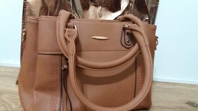 2d0457649 Vendo Bolsa Feminina/ Nova ( Só Venda) - Bolsas, malas e mochilas ...