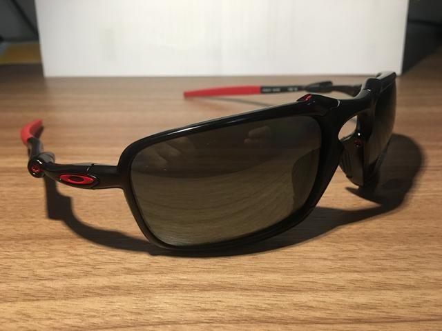 4e9c0104f Óculos Oakley Badman Ferrari novo e original! - Bijouterias ...
