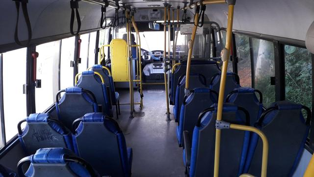 Micro ônibus urbano ano 2011 preço para vendê hoje - Foto 4