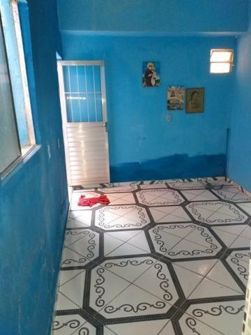 Vende-se uma casa em Sussuarana. Valor: 30mil - Foto 4