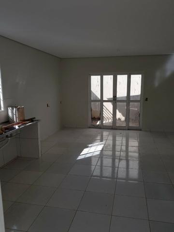 Vendo uma casa na arniqueiras bem localizada no conjunto 06 - Foto 3