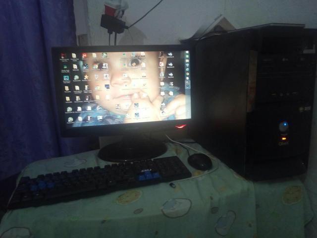 Vendo PC e som os dois ou troco em um celular bom valor do som e PC 400 zap * - Foto 4