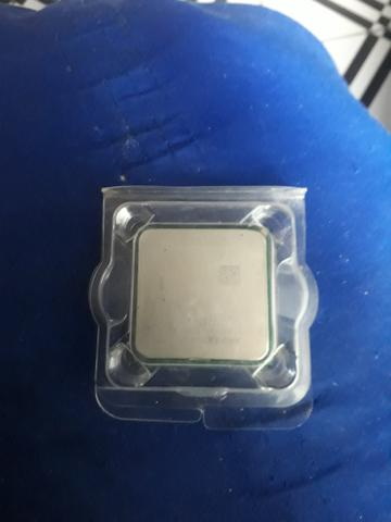 Vendo processador FX6300 polco tempo de uso