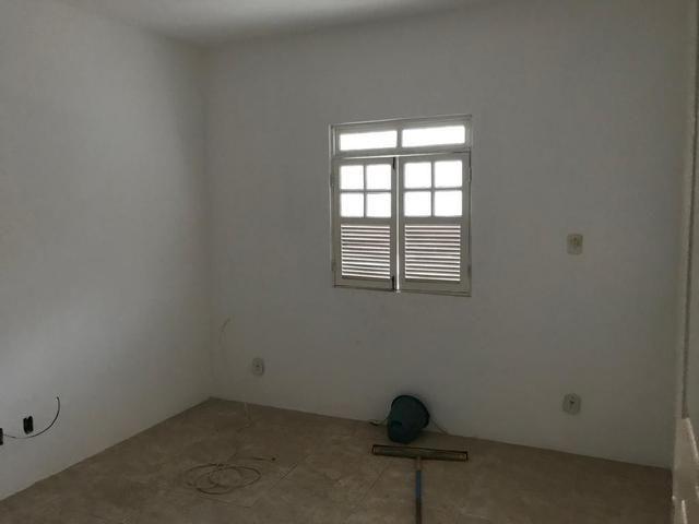 Alugo 2/4 e 1/4 casa Estrada da Rainha - Foto 5
