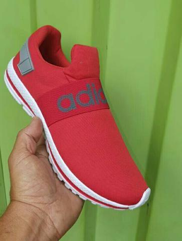 ? Tênis Adidas.??