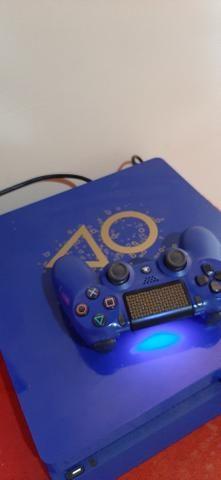 PS4 1TB Blue