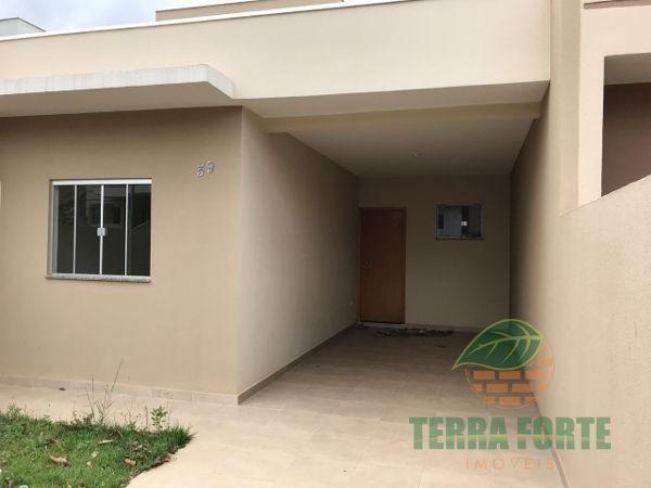 Casa geminada com 3 quartos - Bairro Jardim Santo Antônio em Cambé - Foto 2