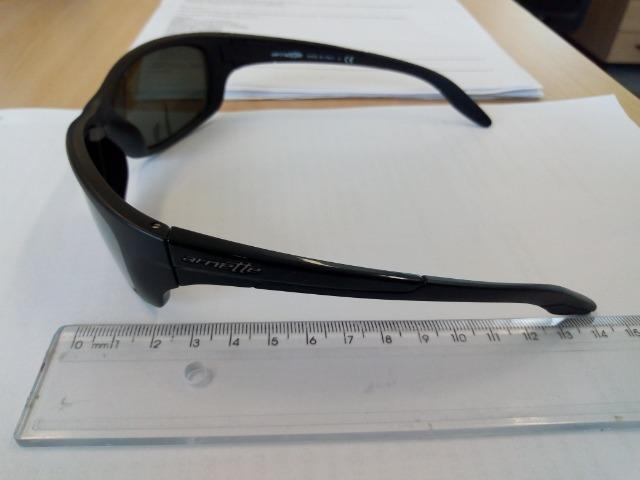 c9d3b79d3cc79 Óculos escuro da marca Arnette (made in Italy) - com grau ...