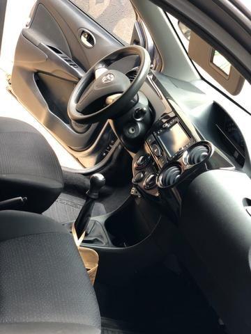 Toyota étios Hatch hb x 2014 1.3