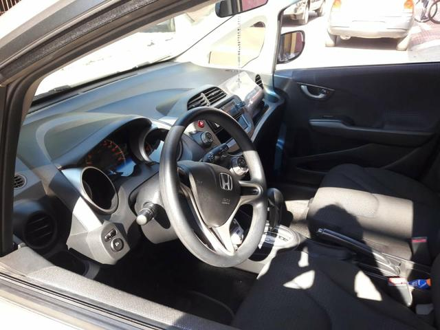Vendo carro( financiado) honda fit 2011 - Foto 2