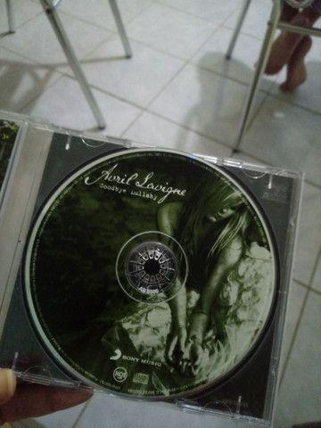 CD AVRIL LAVIGNE - GOODBYE LULLABYE - Foto 3