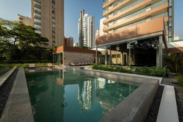 Curitiba 381 com 4 dormitórios com suíte e 5 vagas de estacionamento. - Foto 12