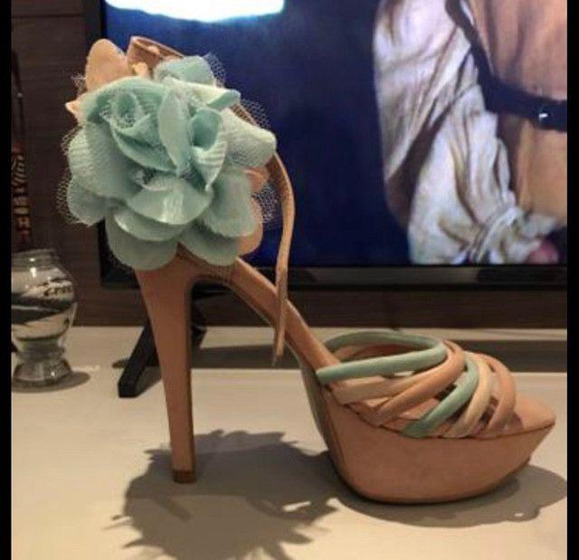 Vendo sapatos de 10,00 a 30,00 n. 34 e 35 - Foto 3