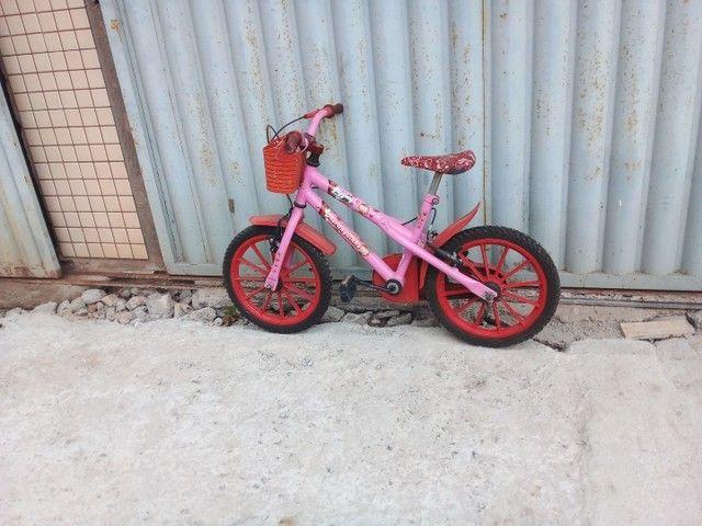 Bicicleta aro 16 so 200  avista - Foto 3