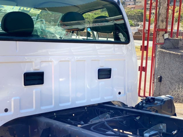 Caminhao ford f 350 chassi - Foto 7