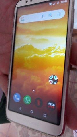 Moto E 5  64 GB bem conservado sem arranhões tela original bateria ok tudo funcionando