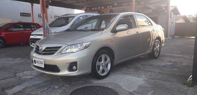 Toyota Corolla Gli 2014 Automático - Foto 2