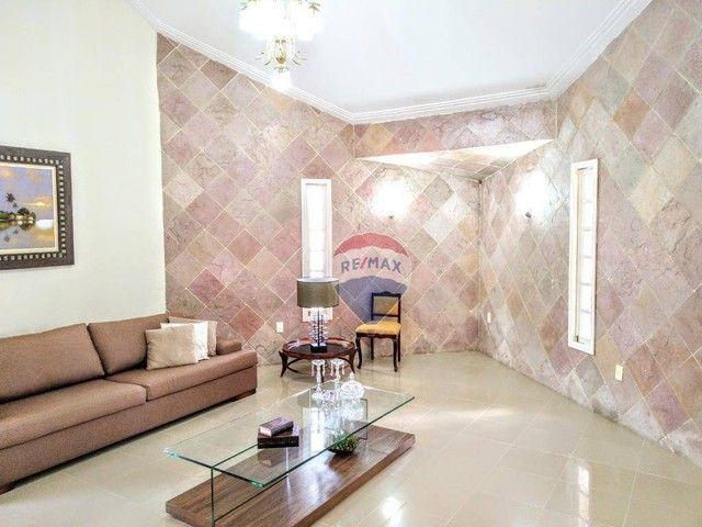 Casa no Catolé, com 340m², 5 quartos, sendo 3 suítes e 4 salas. - Foto 9