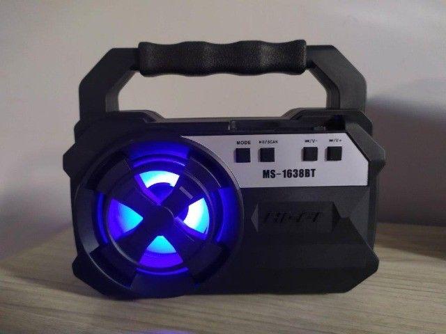 Caixa de som Bluetooth Com entrada USB - Foto 2