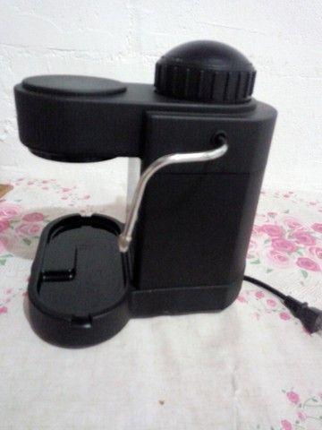 Máquina de café expresso em grãos - Foto 3