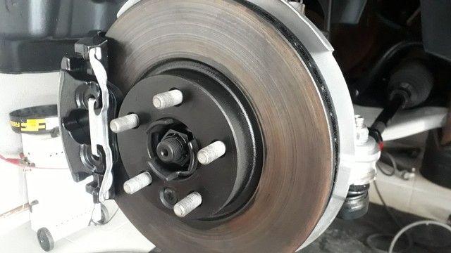 Limpeza e pintura e manutenção sistema de freios
