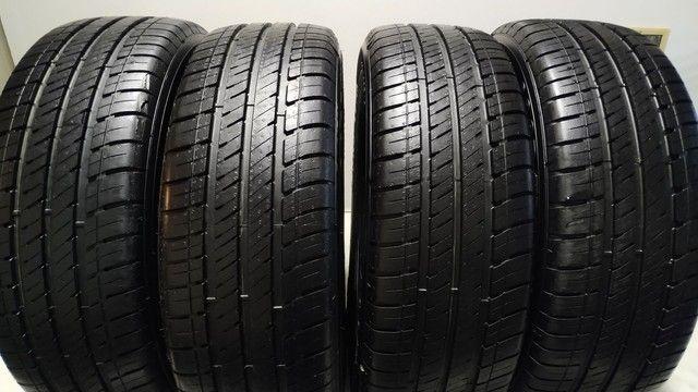 Jogo de pneus Goodyear Assurance 195-60-16 - Foto 3