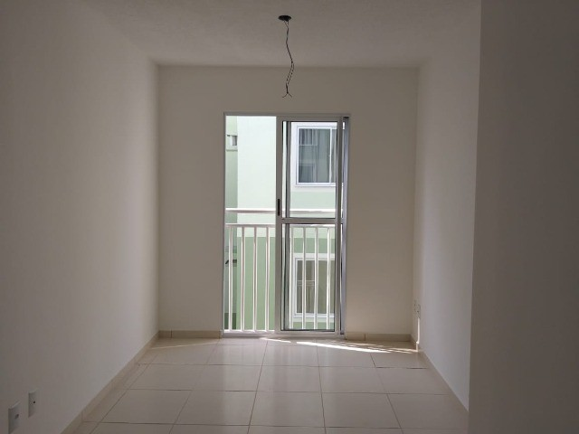 Alugo Apartamento no Smart Flores com 2 quartos , fica no 3 andar.