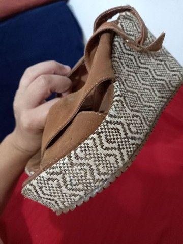Vendo sandálias e sapatos 37 de 5 a 15 reais  - Foto 4