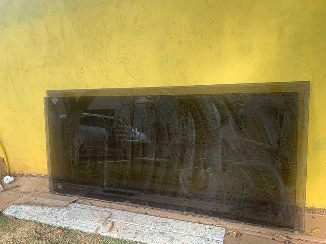Vendo 2 vidros fumê  - Foto 3