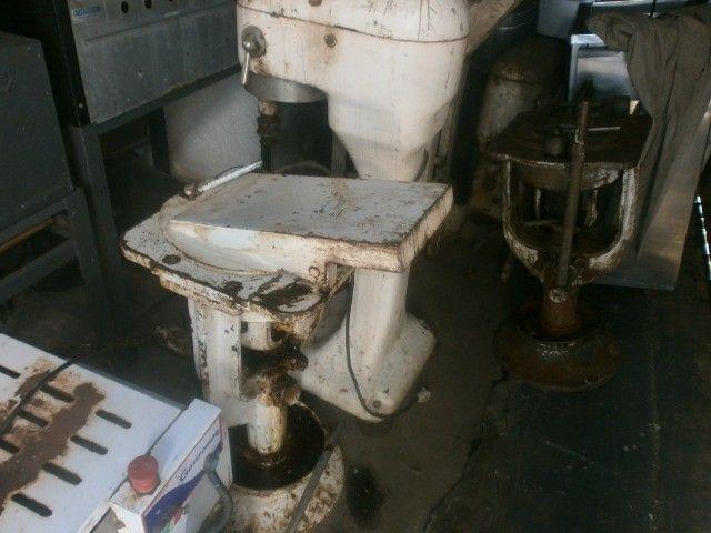 divisora de massa de coluna industrial - precisando de limpeza - Foto 4