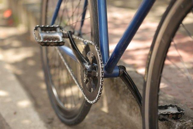Bicicleta fixa com guidão de carbono  - Foto 2