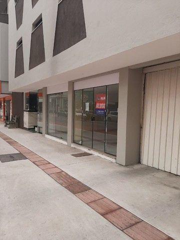 Sala para locação na Avenida Brasil