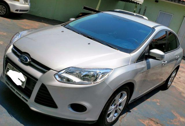 Ford Focus Sedan, Aut. 24.500 KM, menos rodado do ESTADO