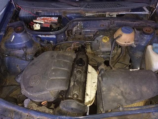VW Gol Bola 2 Portas 1.0 AT 2002 Sucata Em Peças - Foto 5