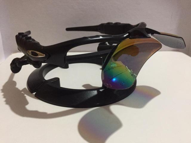 a7fa72d7f Óculos Oakley Thump (Arco-Íris) Fones On + 2 Pares De Lentes ...