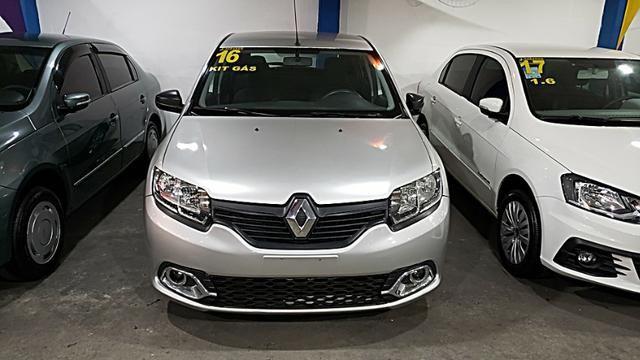 Renault Sandero Authentique - Com Gnv