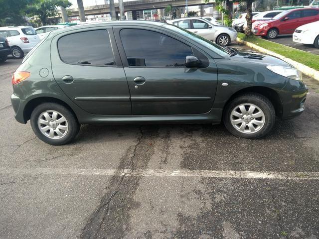 Peugeot 207 1.4 xr s 2011 top - Foto 11