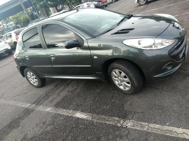 Peugeot 207 1.4 xr s 2011 top - Foto 20