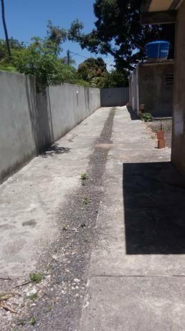 Vendo ,alugo temporada ou troco duas casas no mesmo terreno em Monte gordo Guarajuba - Foto 2