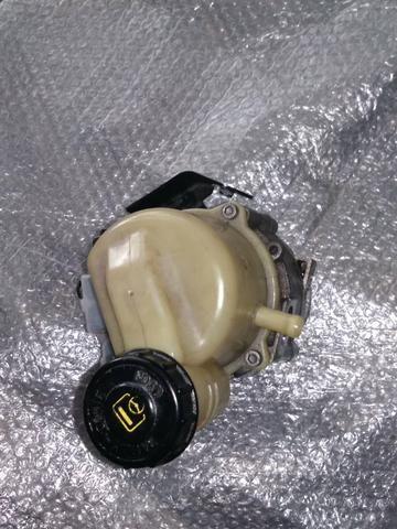 Bomba direção elétrica Renault - Foto 2