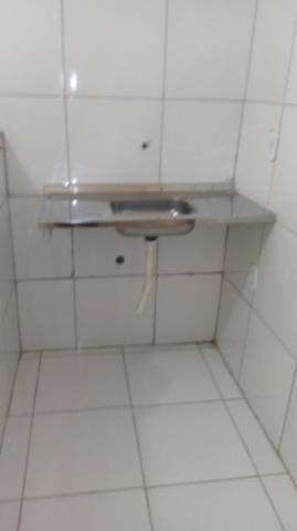 Alugo casa Térreo, R$400,00 ! 1/4, sala , cozinha, banheiroe área de serviço! - Foto 2