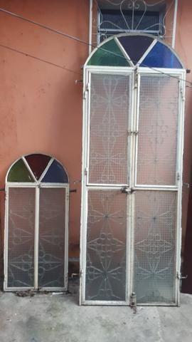 Vendo porta de ferro e janela - Foto 3