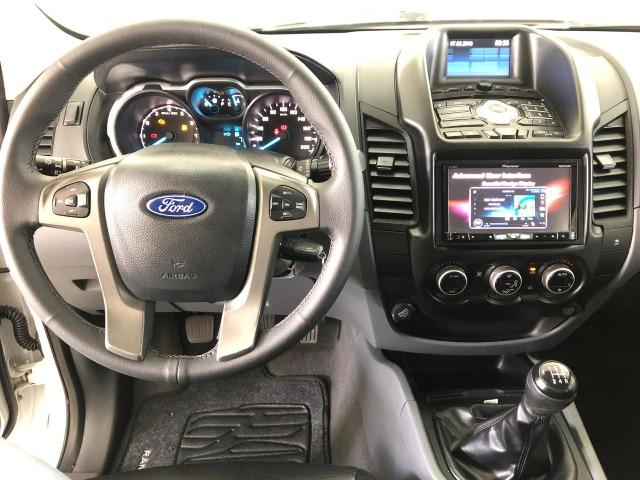 Caminhonete Ford Ranger XLT 2.5 4x2 Flex 2013 - Ipva Pago e Pneus Novos - Foto 9