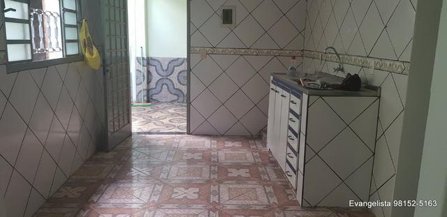 Urgente Na Laje Casa de 3 Quartos - Aceita Financiamento e FGTS - Foto 2